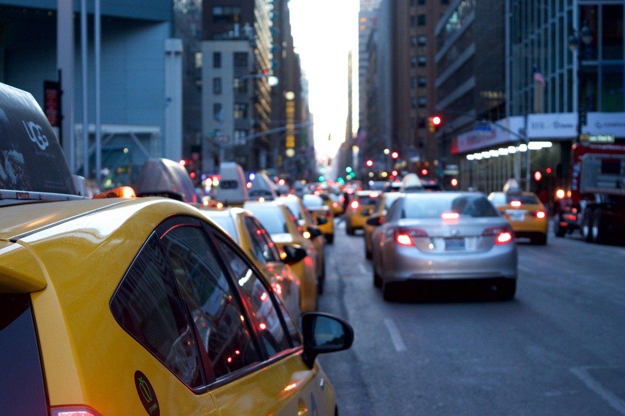 automóveis, carros e pedágios