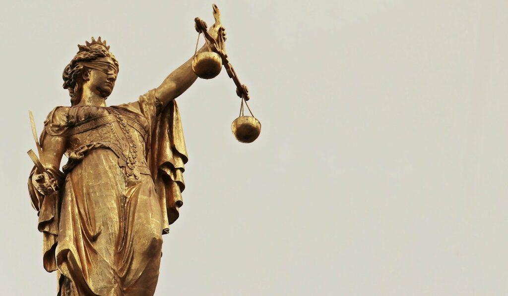 Governo na justiça