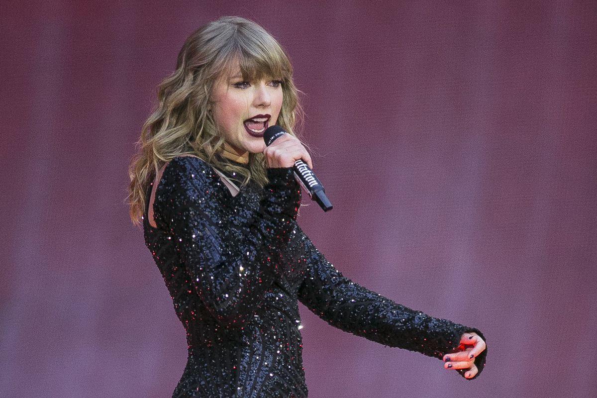 Taylor Swift lança videoclipe