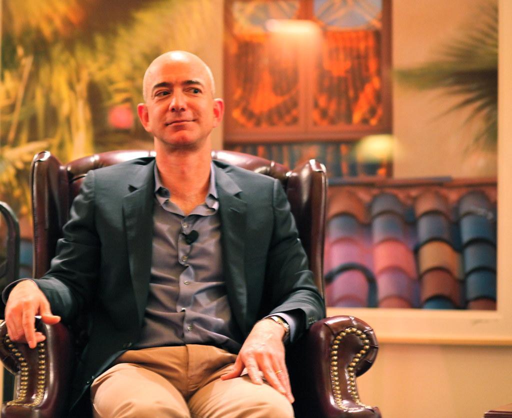 Jeff Bezos - o mais rico do mundo