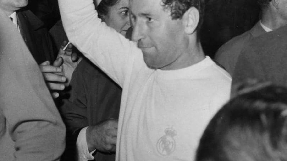 Francisco Gento está no topo da lista dos maiores vencedores da Champions entre os jogadores