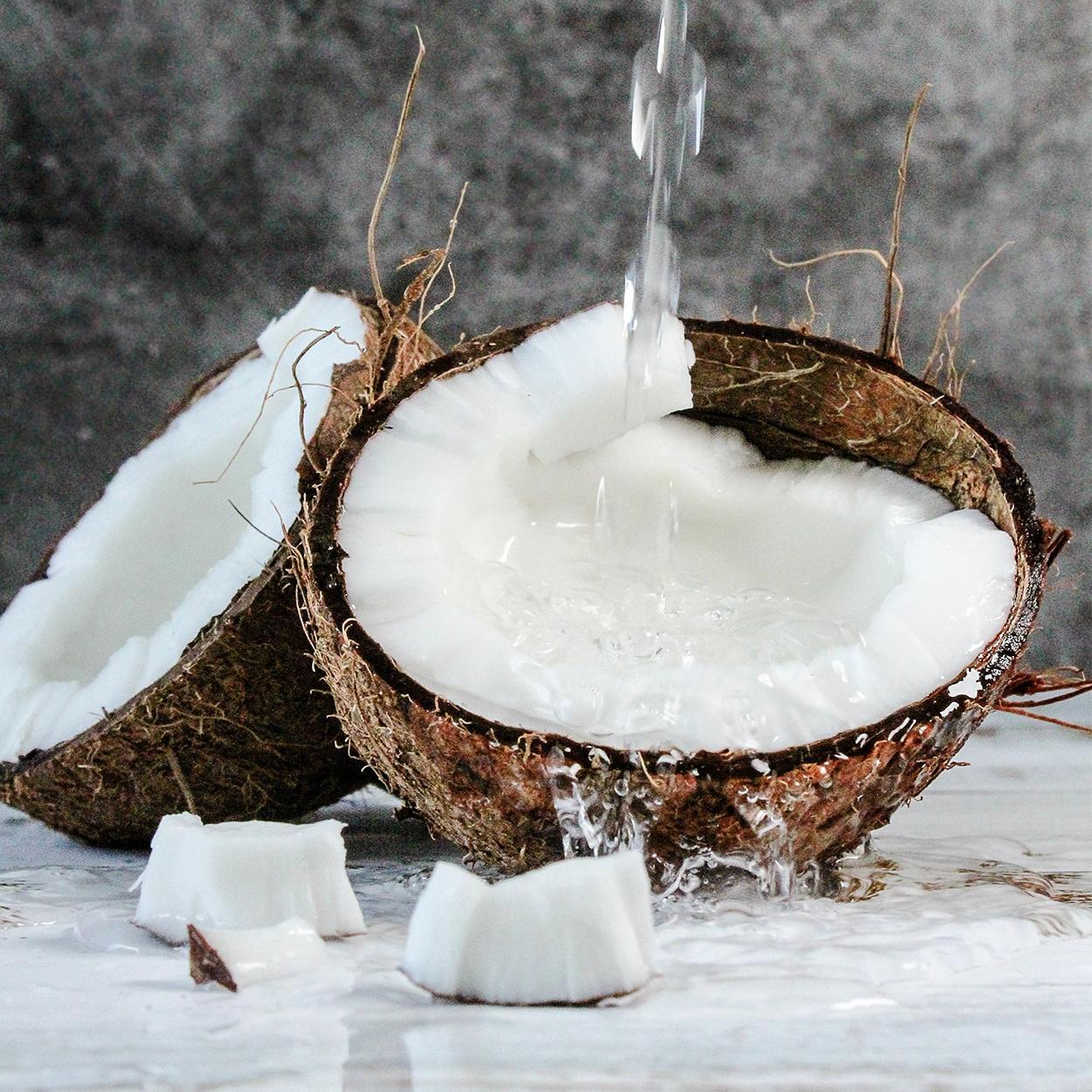 como usar oleo de coco na pele