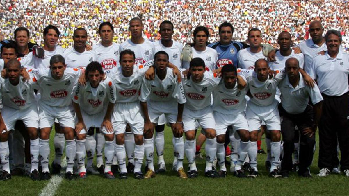Santos campeão de 2004: com 15 anos sem título, time já está entre os maiores jejuns do Brasileirão