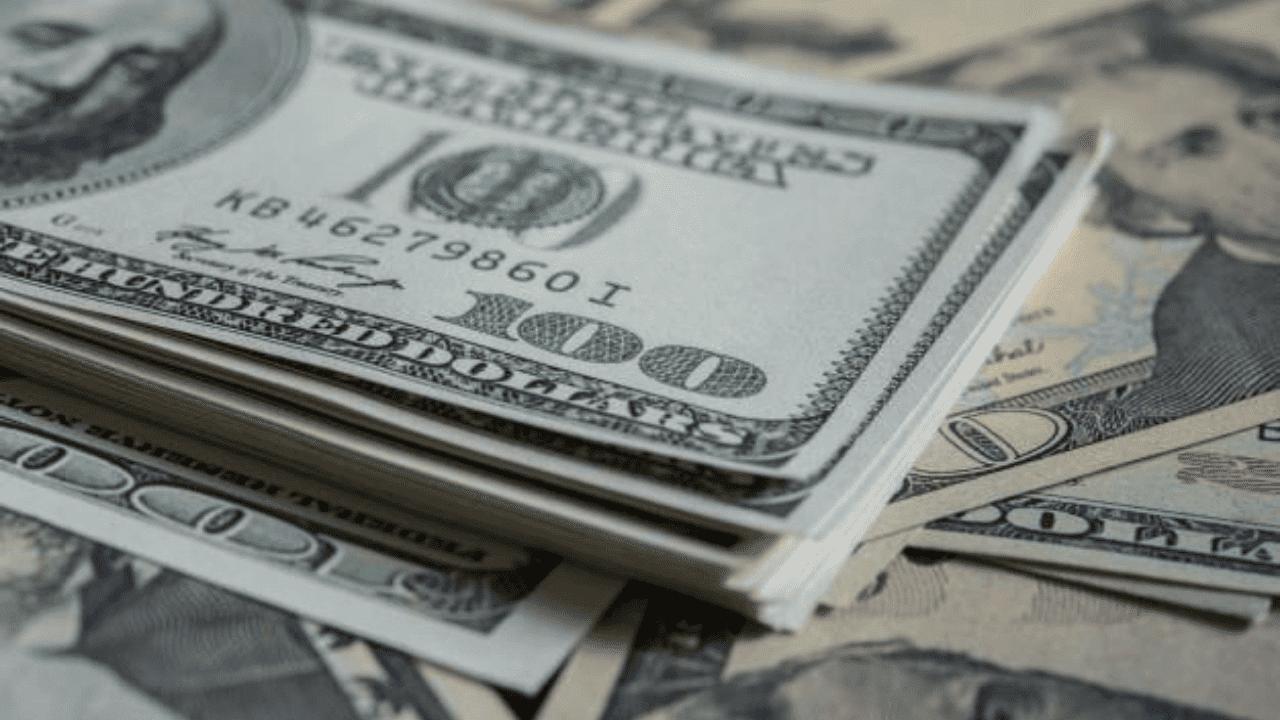 Cotação do dólar 13/08/2020 - imagem mostra notas de dólar