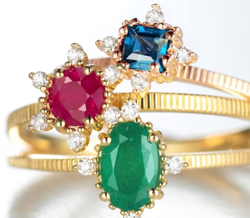 Tendencias-em-joias-e-acessorios-verao-2021-Pedras-coloridas