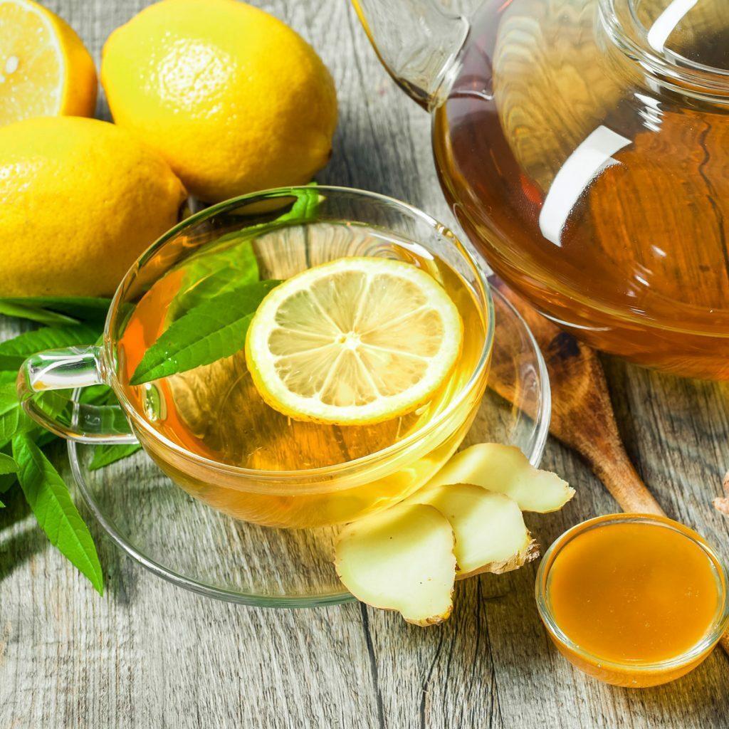 chá branco com limão