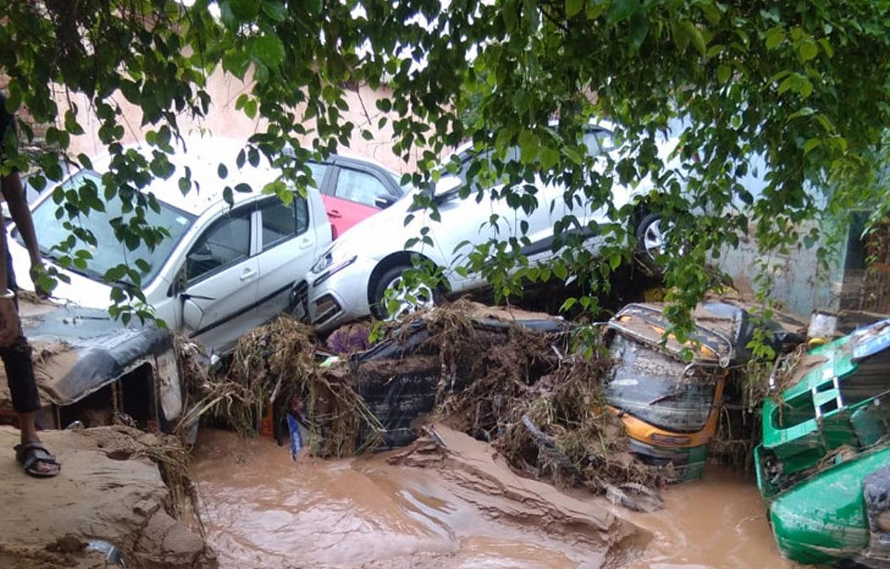 carros soterrados em jaipur