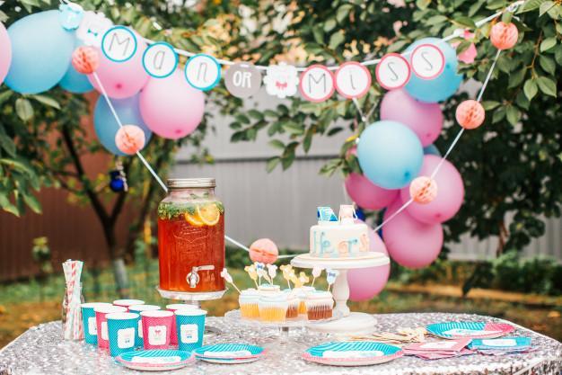 decoração azul e rosa para festa chá revelação