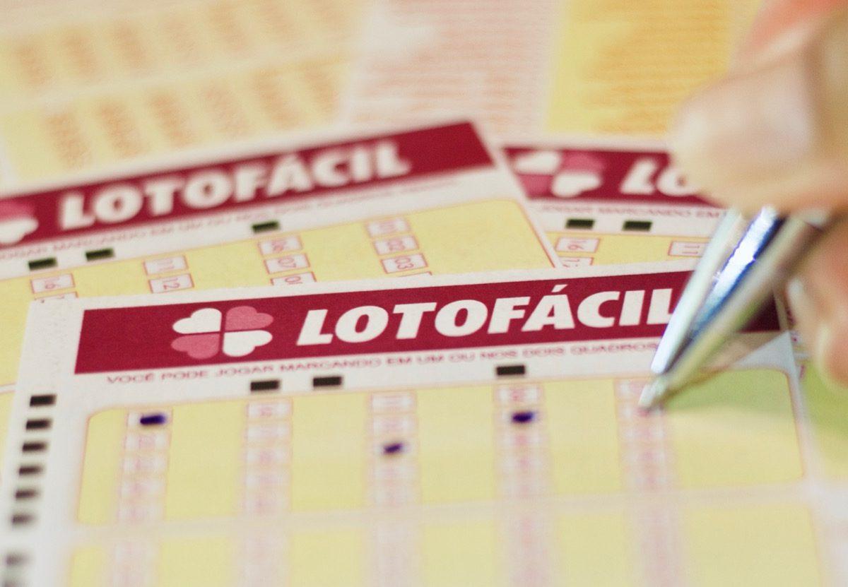 Lotofácil concurso 2015