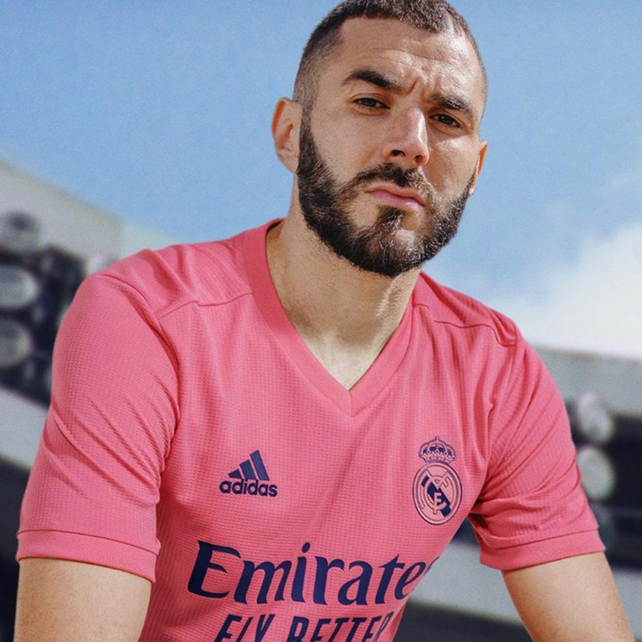 Camisa rosa dao Real Madrid modelo 20/21