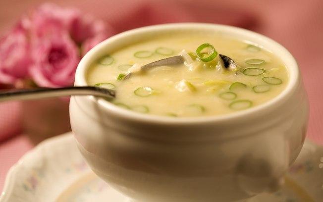 Sopa de alho-poró cremosa