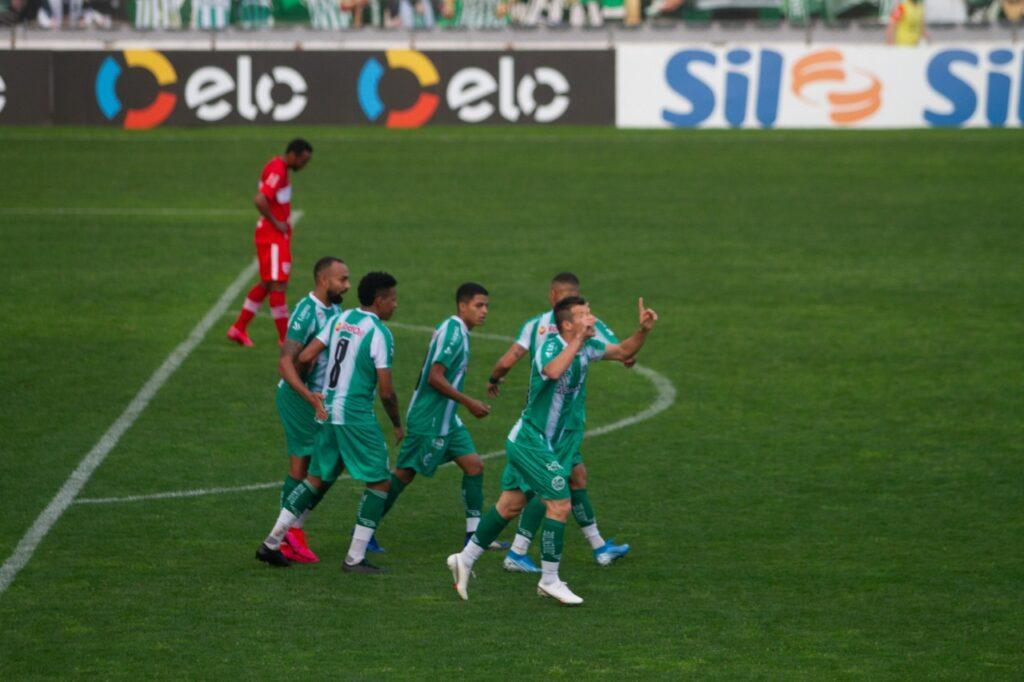 Juventude comemora gol contra o CRB