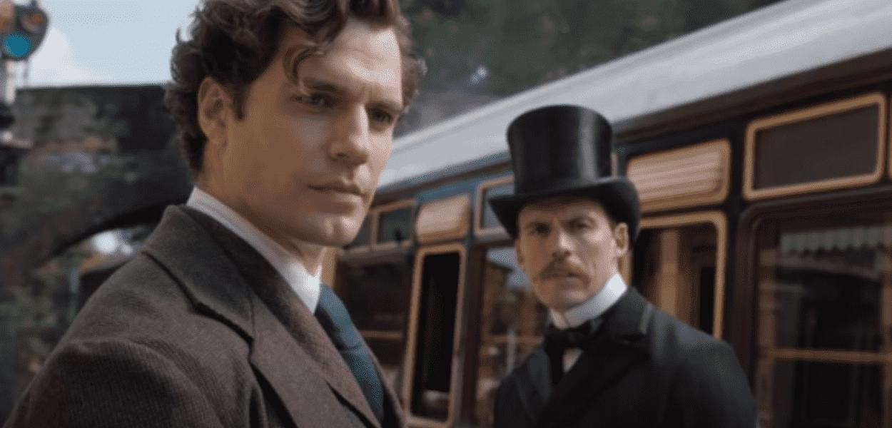 Henry Cavill e Sam Clafilin como Sherlock e Mycroft Holmes