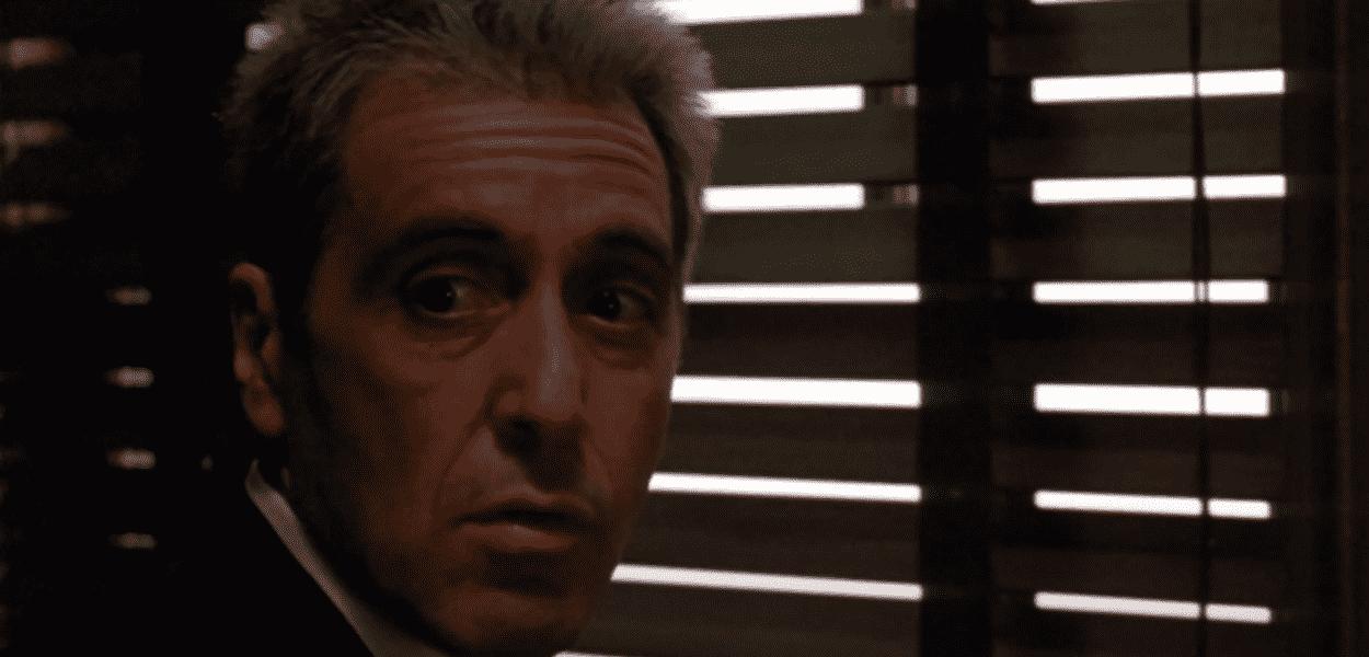 Al Pacino em cena de O Poderoso Chefão III, filme que ganhará nova versão.