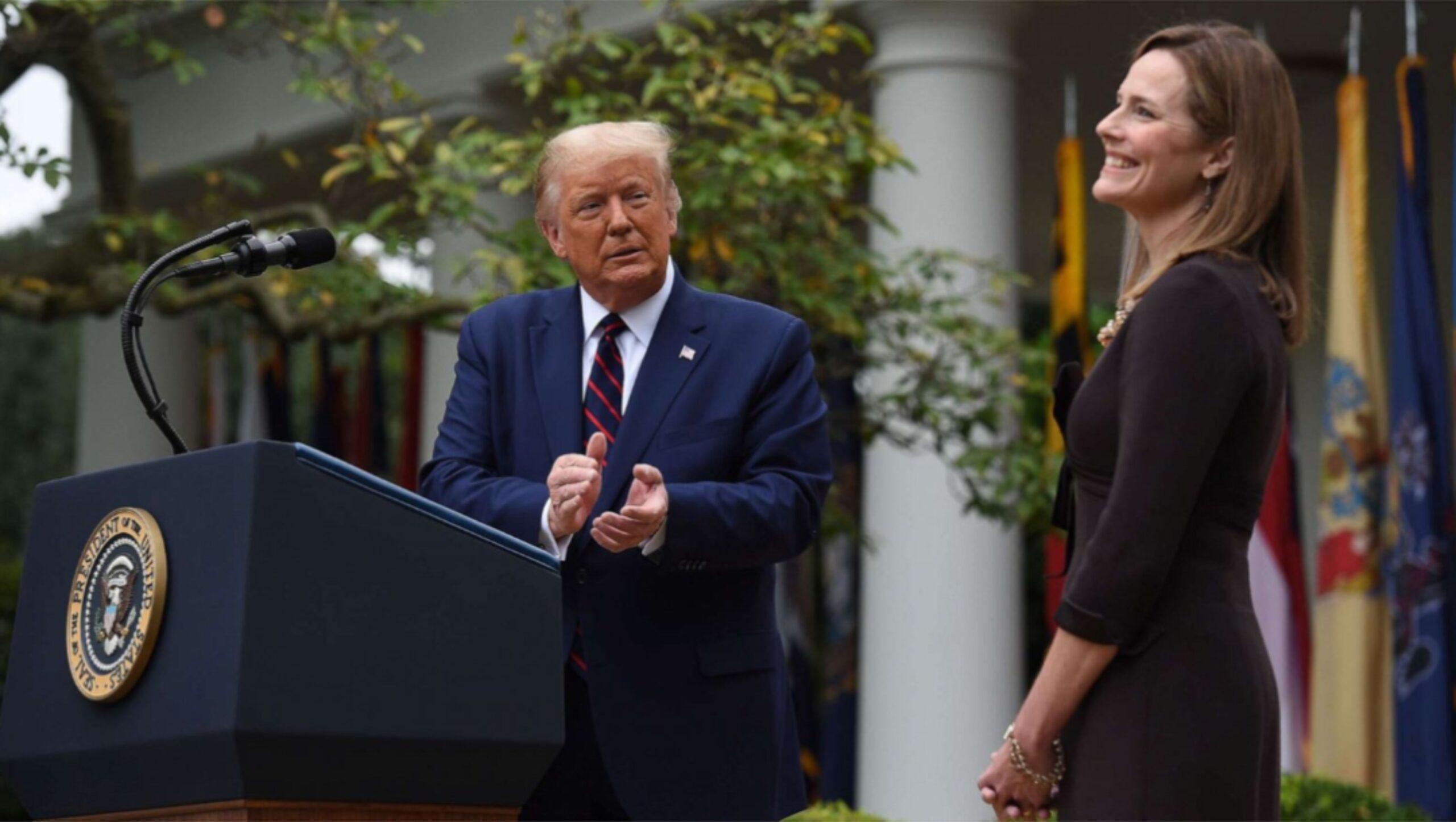 Trump apoia a nomeação de Amy Coney Barret