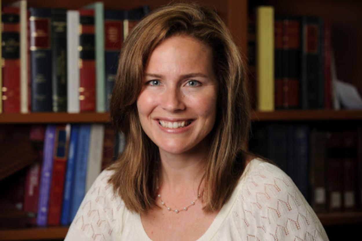 quem é a juíza Amy Coney Barrett