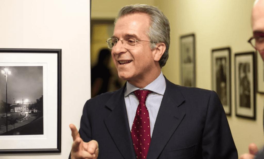 Foto mostra o candidato Andrea Matarazzo
