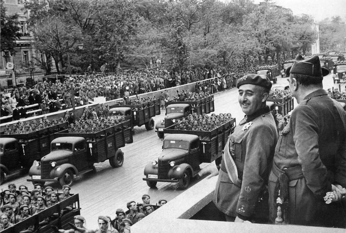 Foto mostra o ditador Francisco Franco