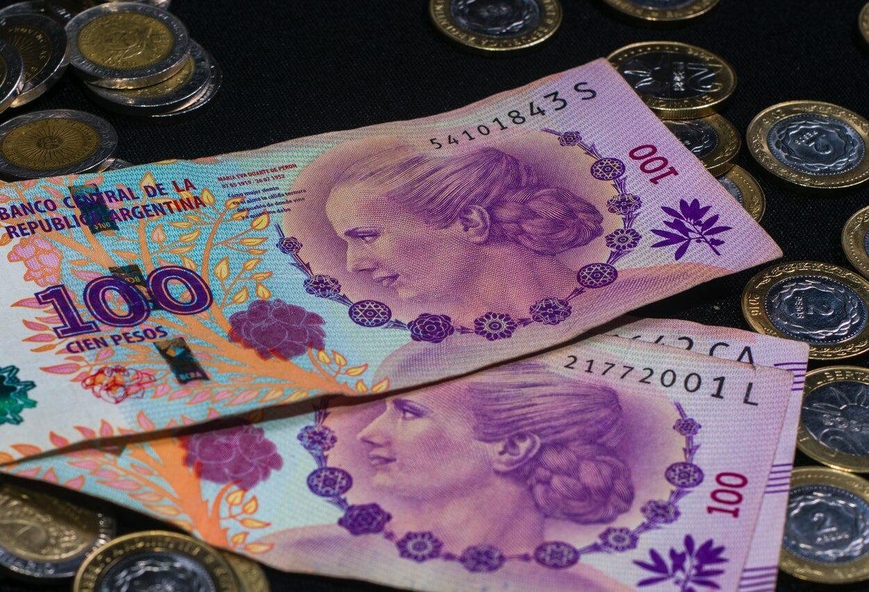 Argentina restringe acesso ao dólar