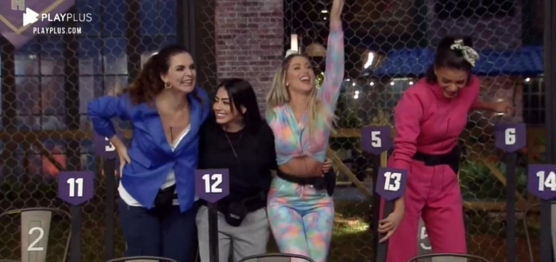 Luiza Ambiel, Mirella, Carol Narizinho e Jakelyne