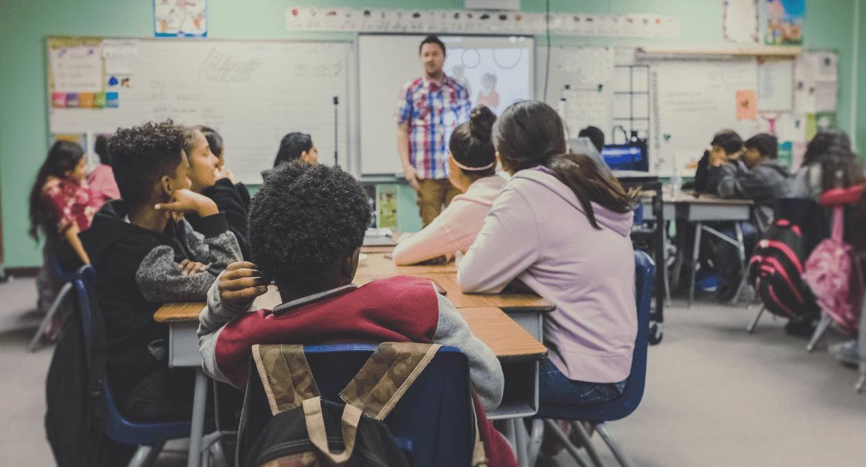 ensino de educação financeira nas escolas