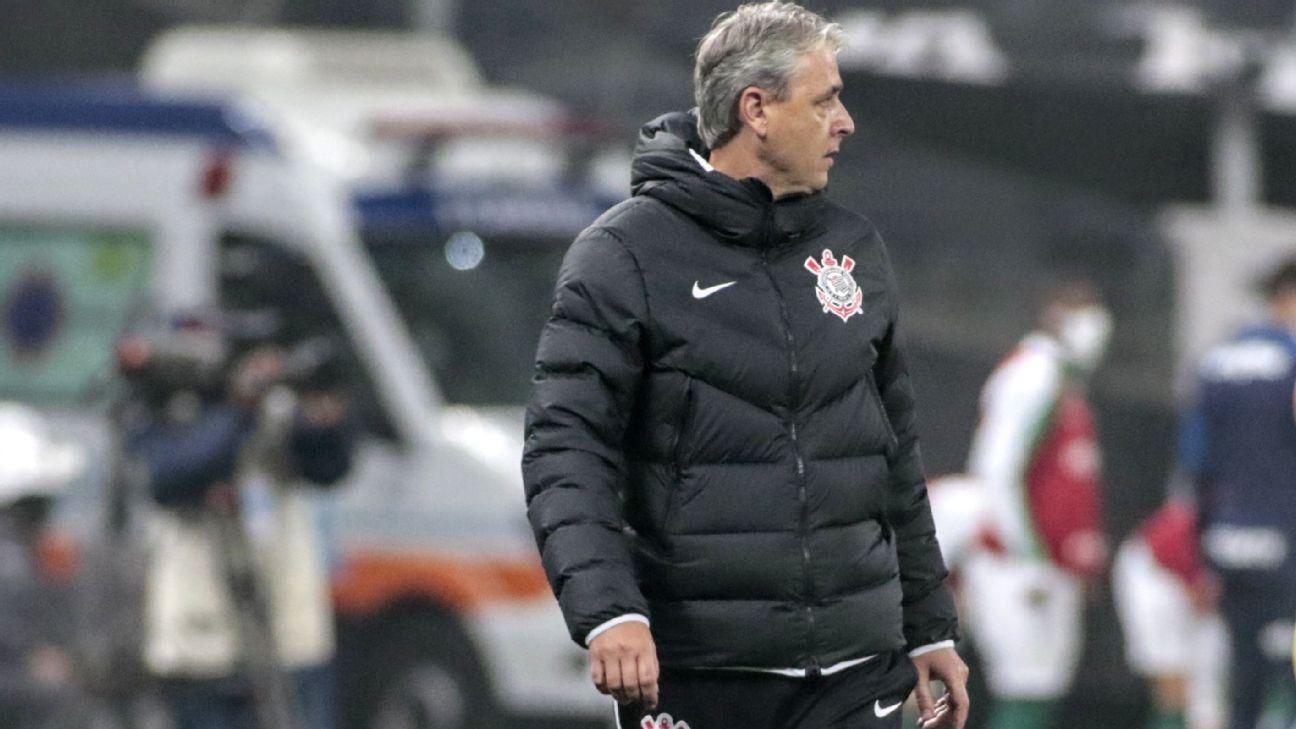 Tiago Nunes é demitido