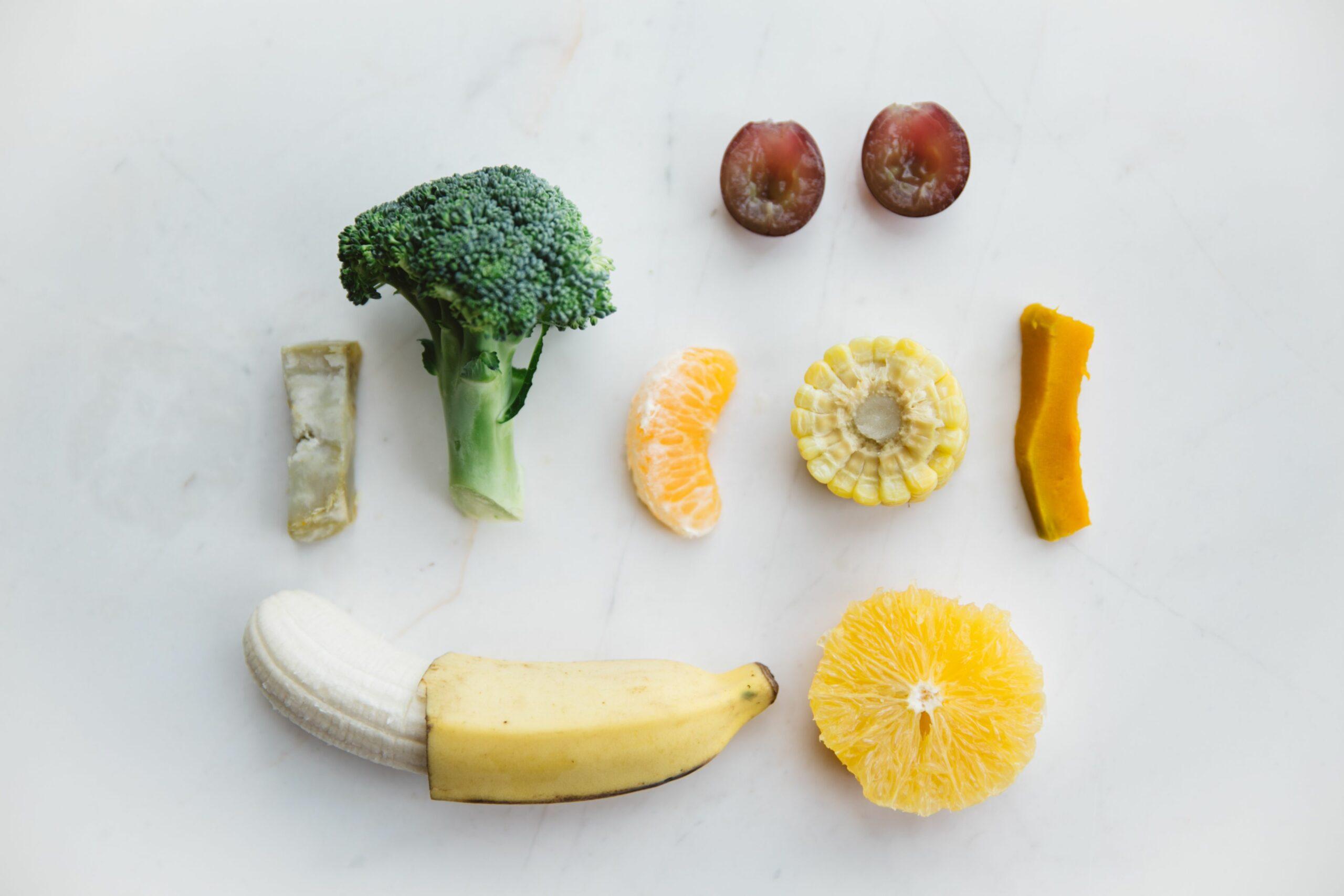O BLW sugere que os alimentos sejam oferecidos assim, em pedaços