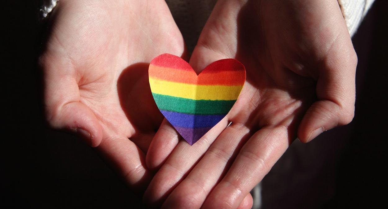 App lacrei oferecer atendimento de saúde a comunidade LGBTQIA+