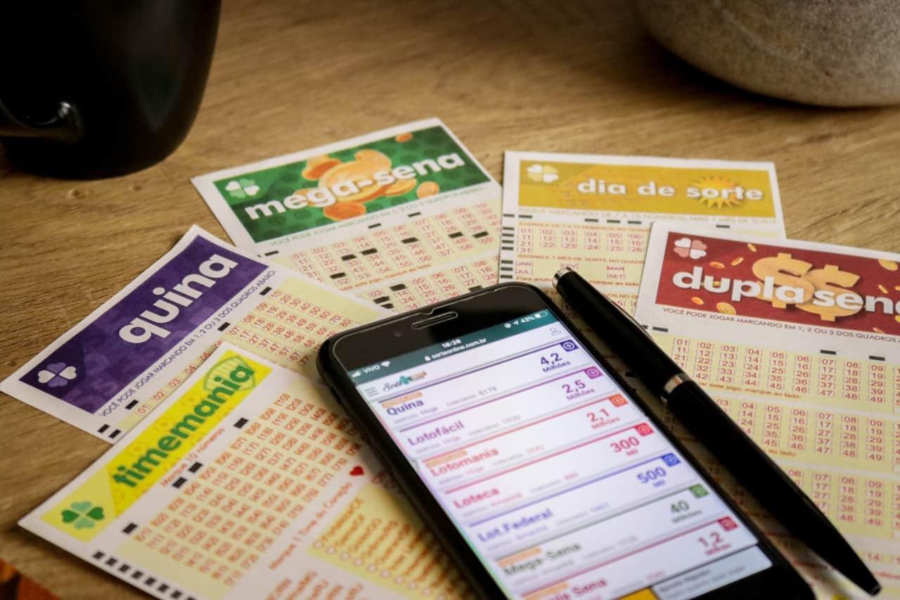 Jogar na loteria online