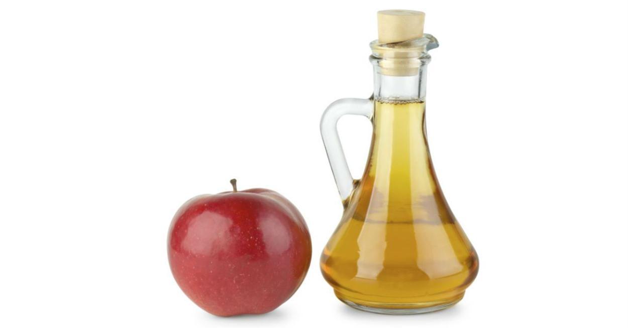 Vinagre capilar de maçã é aliado dos cabelos