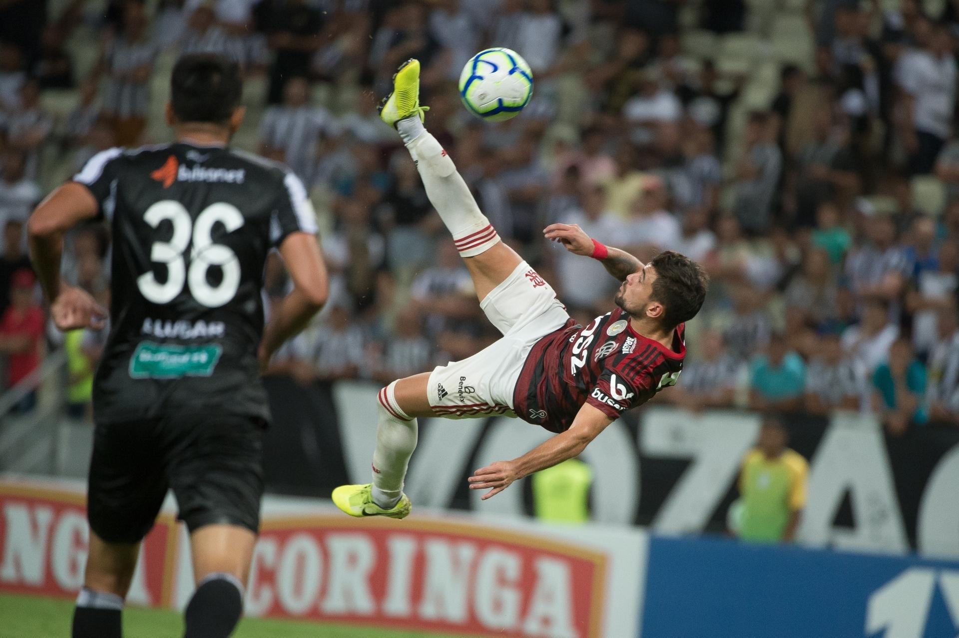 Com gol de bicicleta de Arrascaeta, Mengo venceu o Ceará e virou líder ano passado; veja onde assistir Flamengo x Bragantino