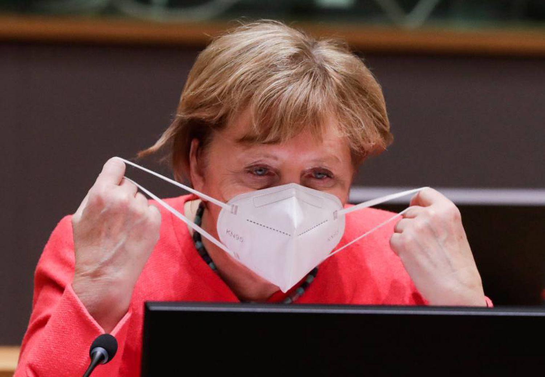 Além de bares e restaurantes, Ângela Merkel propõe o fechamento de locais de show e academias, mas deixará escolas abertas. Alemanha passa por primeiro aumento de casos desde o início da pandemia.