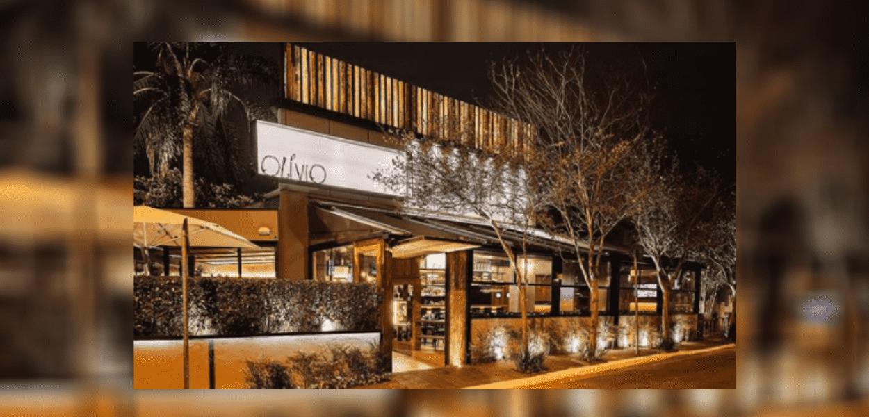 Fachada do Olívio Bar, um dos melhores bares da Vila Madalena. Fonte: Olívios Bar/ Instagram