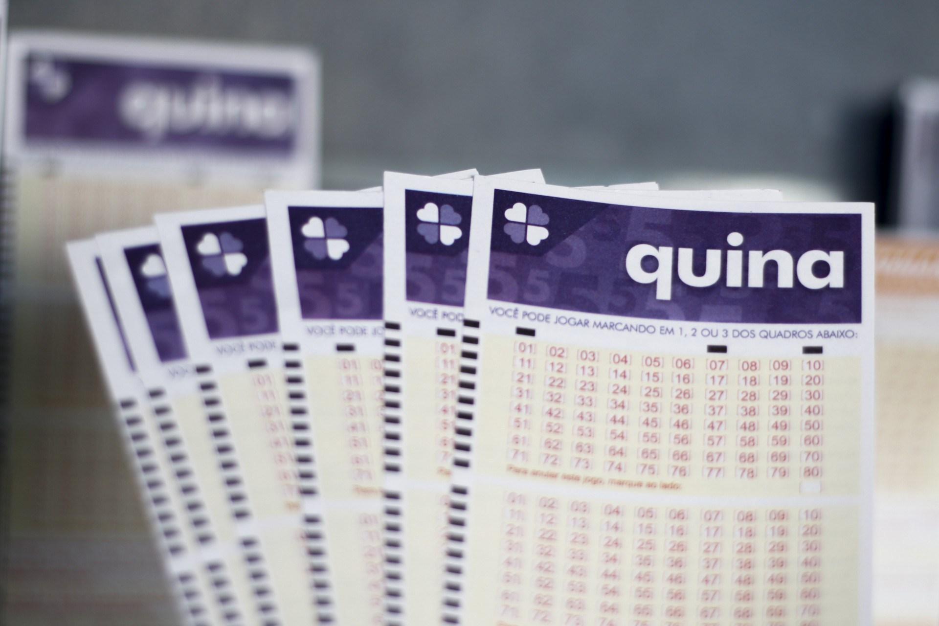 Resultado da Quina - A imagem mostra um leque de volantes da Quina