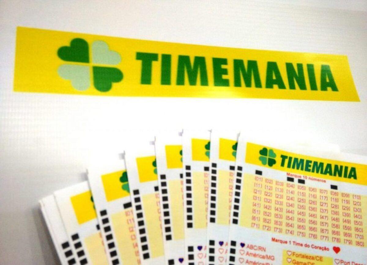 Resultado da Timemania - a imagem motra um leque formado por volantes da Timemania