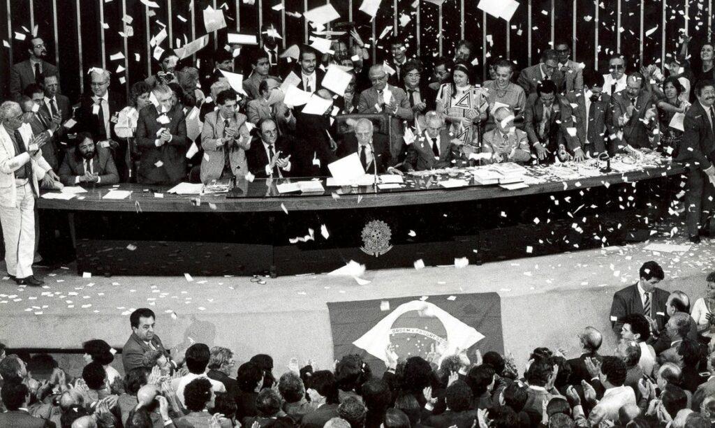 celebração de promulgação da Constituição Federal de 1988