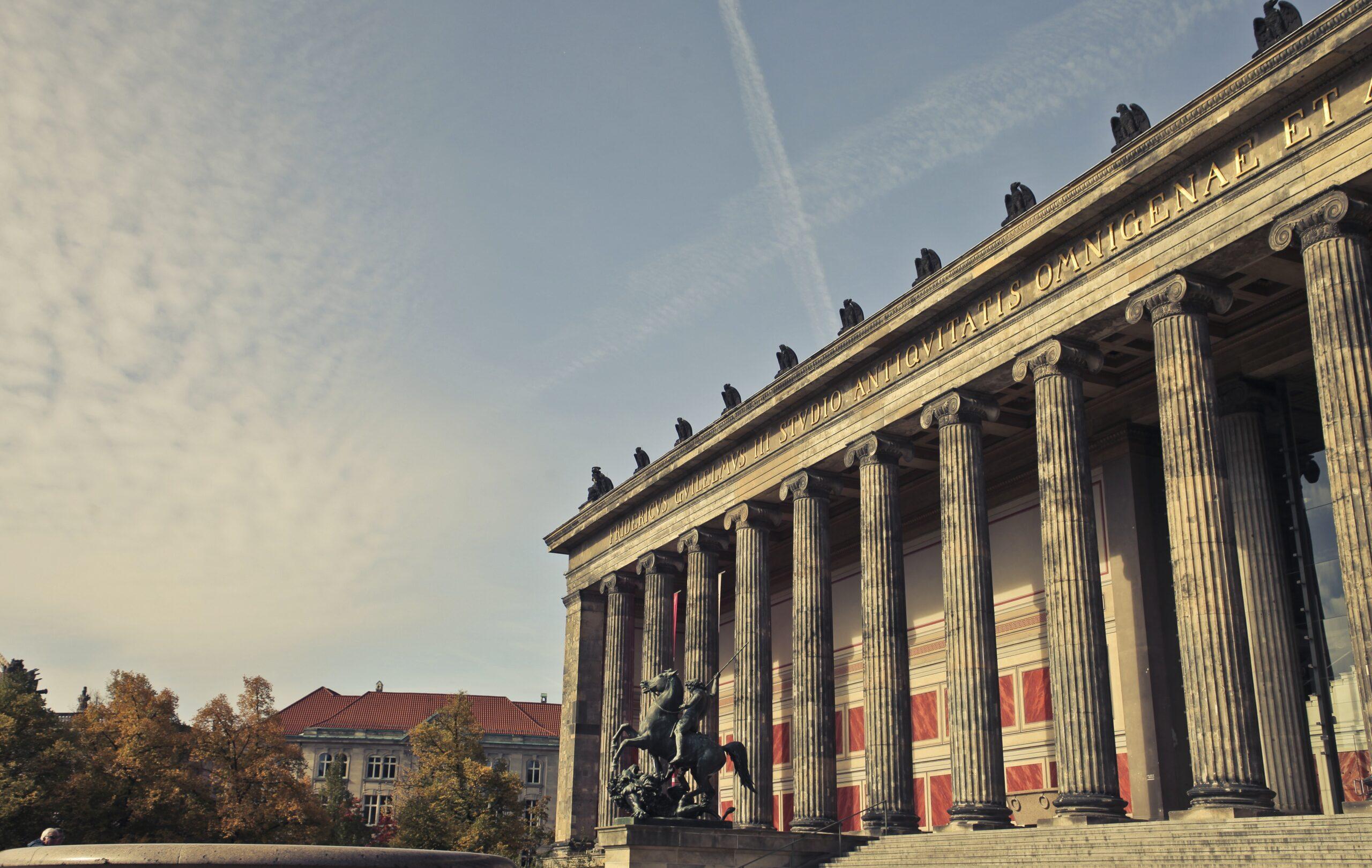 Três museus são atacados em Berlim; 63 peças são danificadas