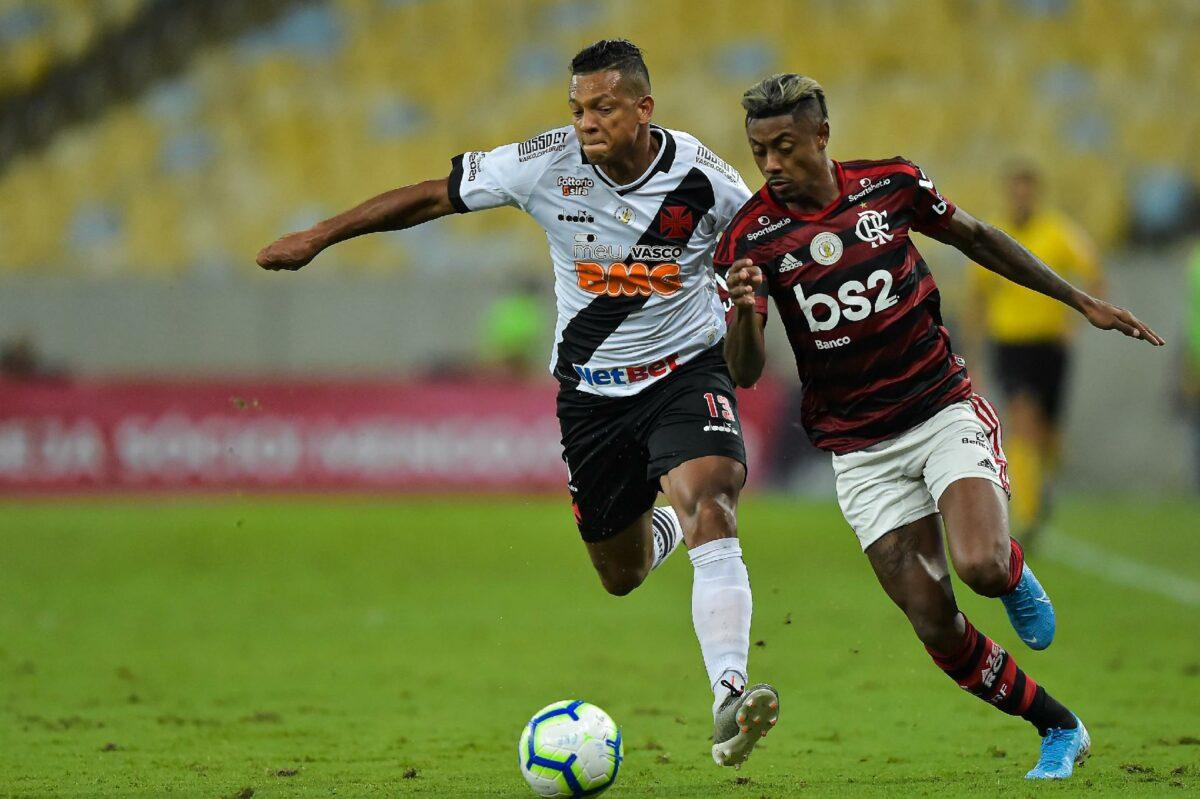 Vasco x Flamengo abrem a rodada do Brasileirão (Foto: Thiago Ribeiro/AGIF)