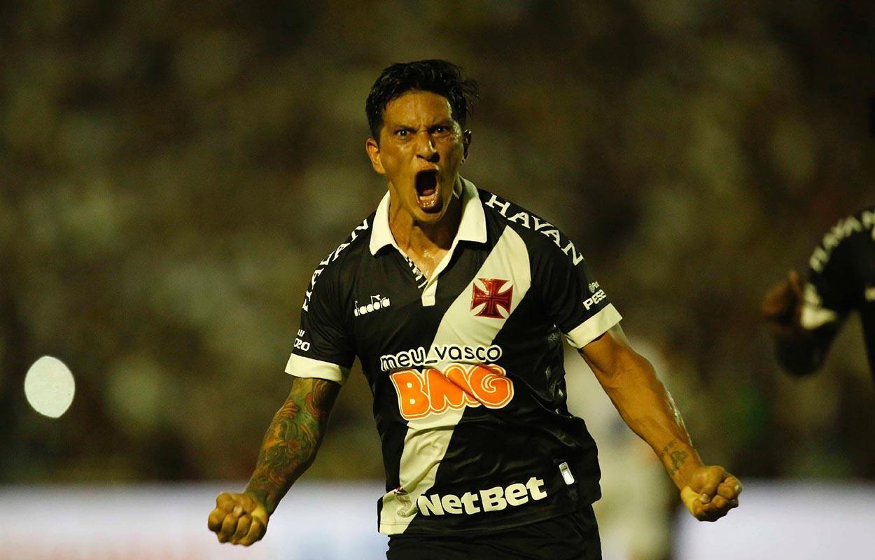 Germán Cano comemora gol pelo Vasco