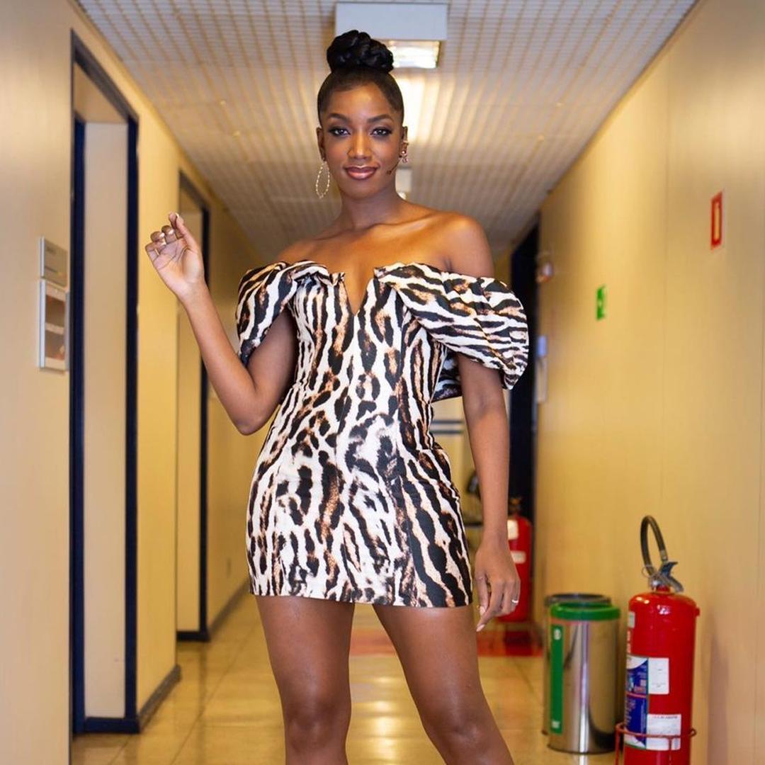 Estilo Iza vestido animal print