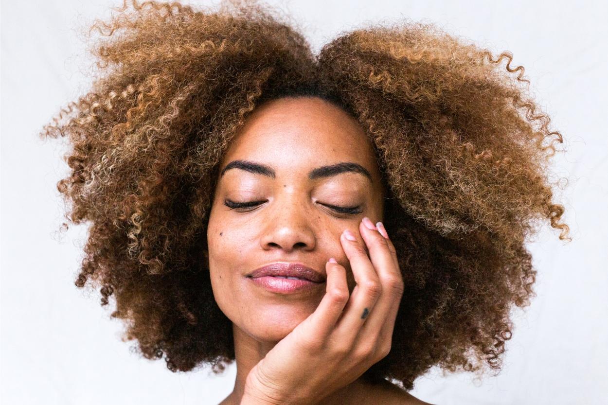 Como usar a glicerina no cabelo para hidratar