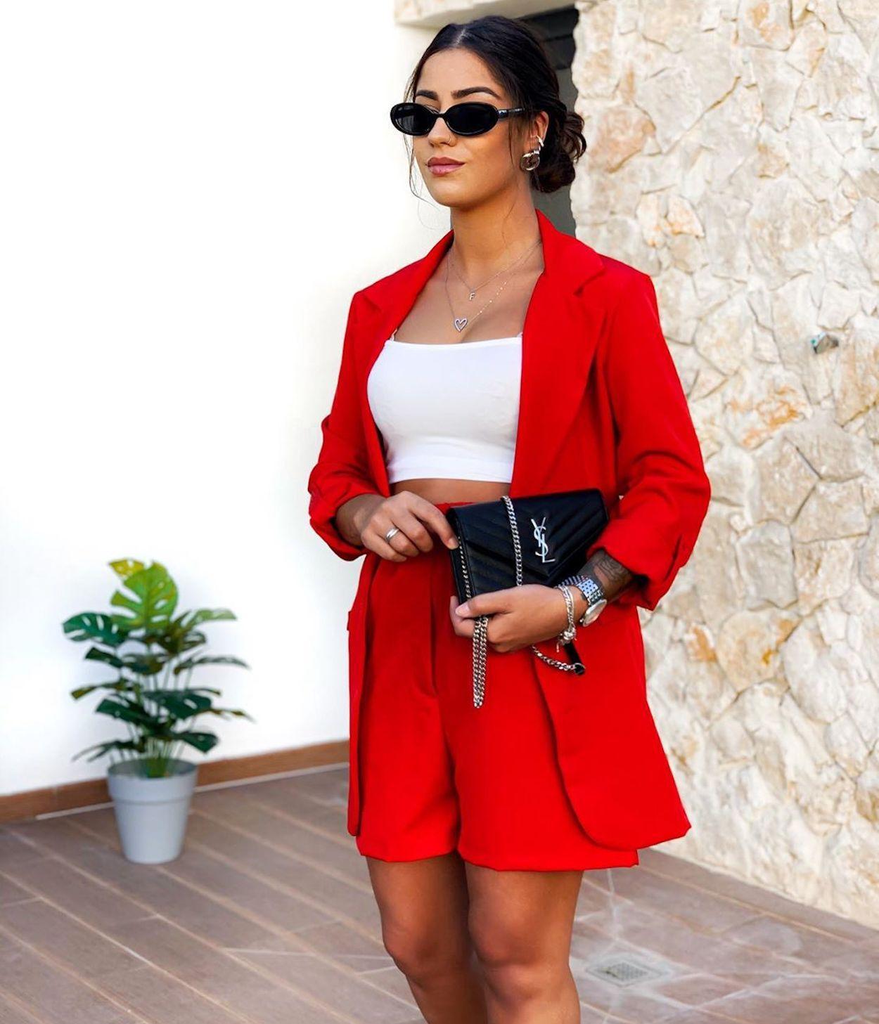 conjunto vermelho
