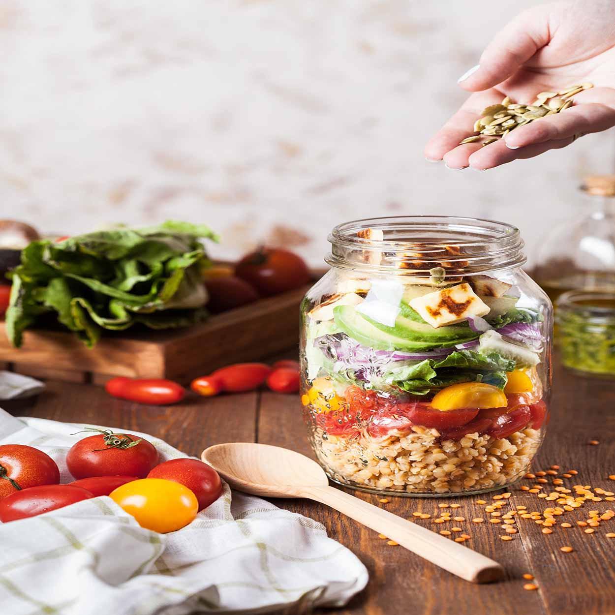 ideia de salada no pote