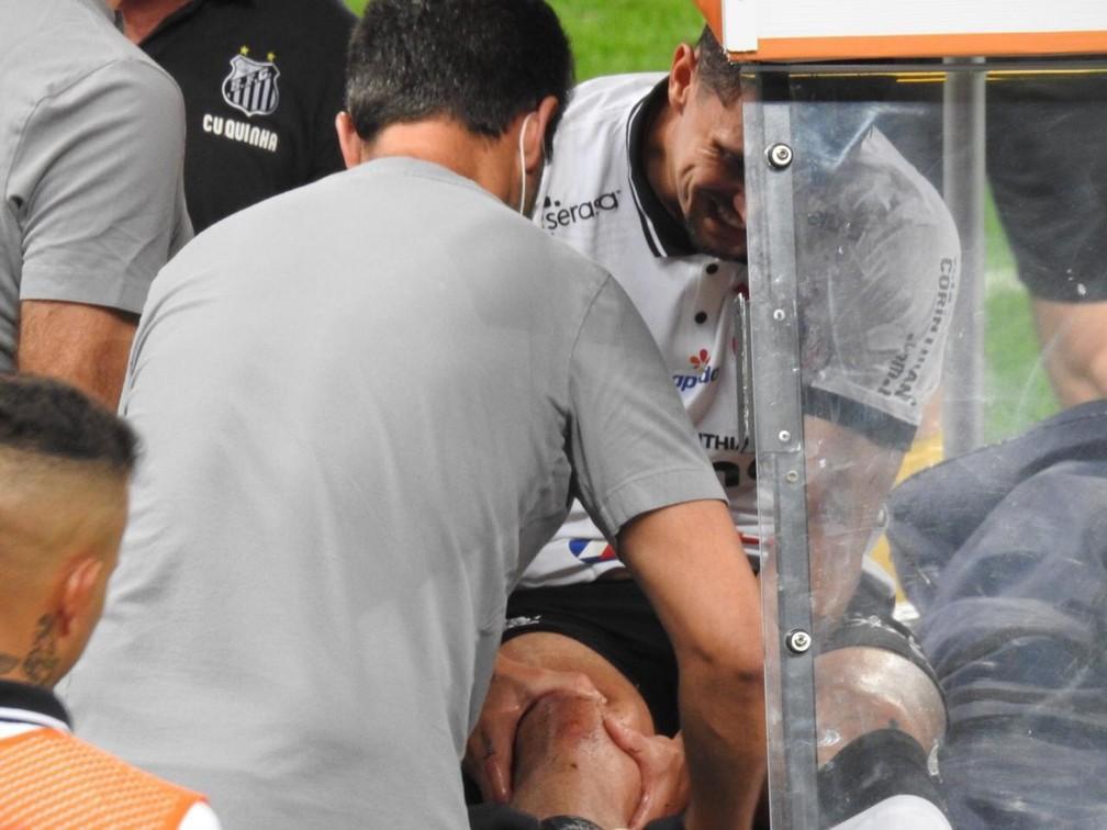 Enquete zagueiro do Corinthians quer saber qual a melhor opção para a zaga, ao lado de Gil
