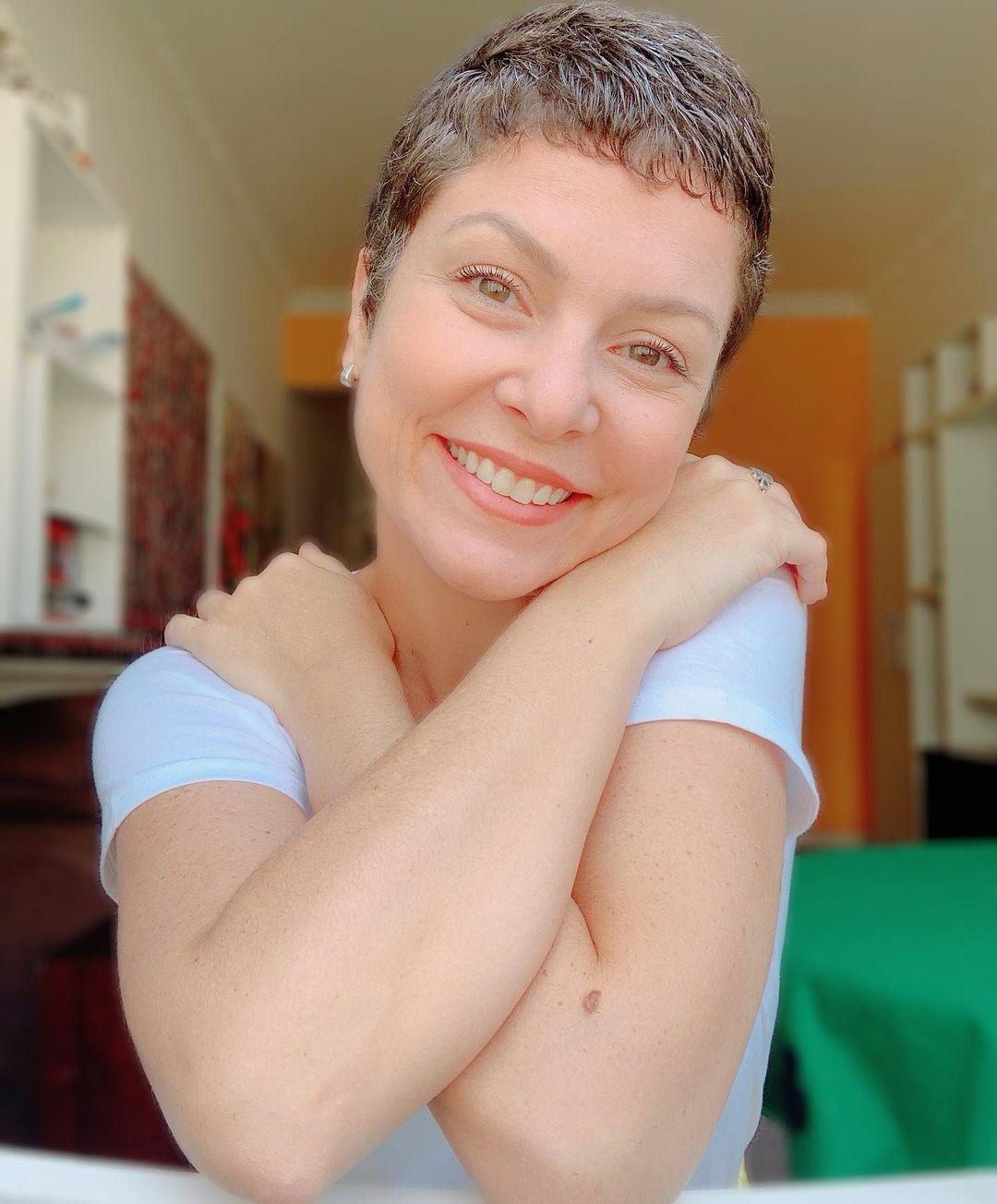 Imagem mostra rosto da Bárbara Borges