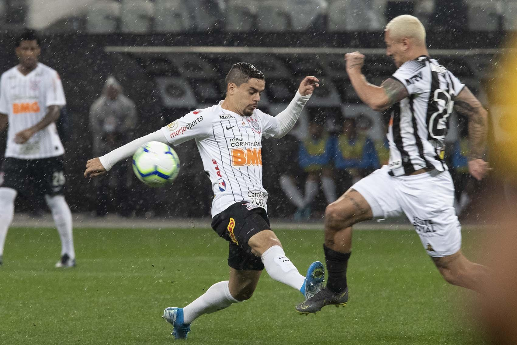 Torcedor só poderá assistir Corinthians x Atlético MG na TV fechada