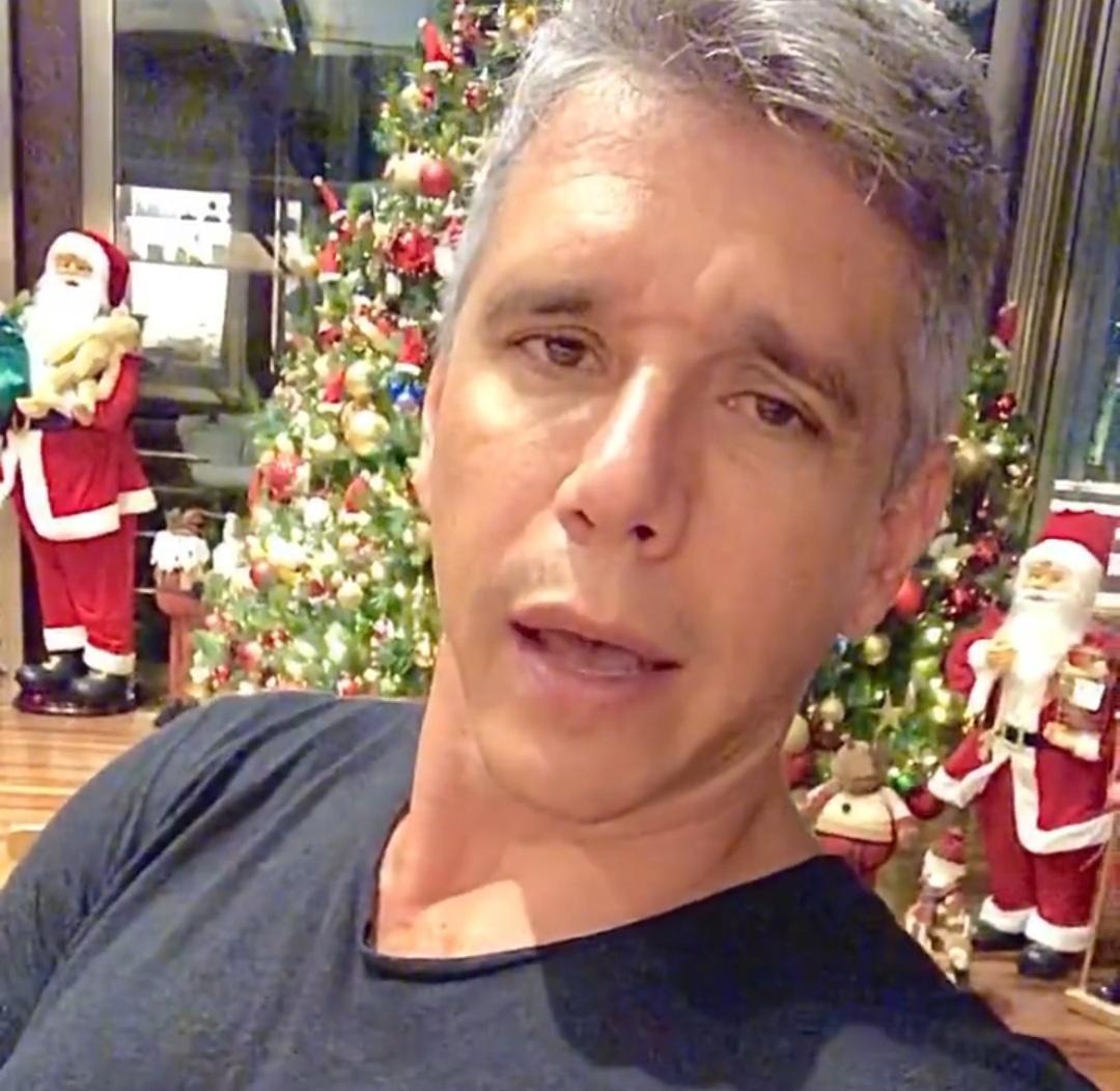 Imagem mostra árvore de Natal do Marcio Garcia