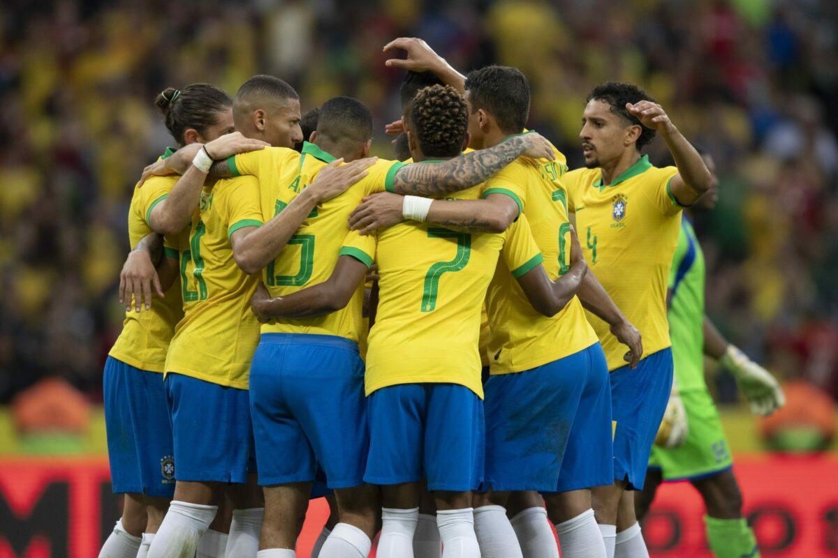 Globo detém direito de jogos do Brasil, apenas em casa