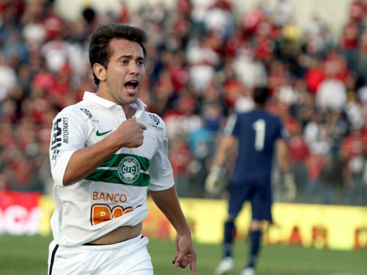 Atualmente craque do Flamengo, Everton Ribeiro era uma das estrelas do Coritiba de 2012