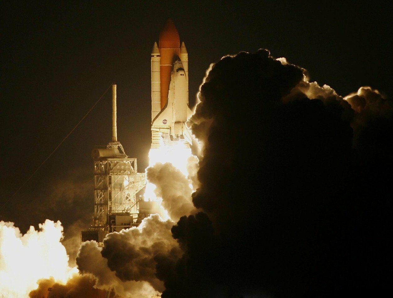 China lança sonda espacial